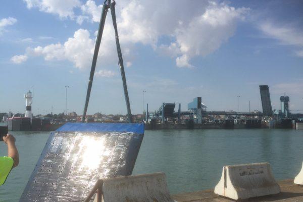 Trelleborg, bargning av fender 4