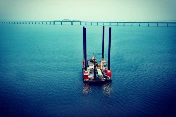 182062 Arbetsplattform för geotekniska undersökningar inför bygget av en ny bro